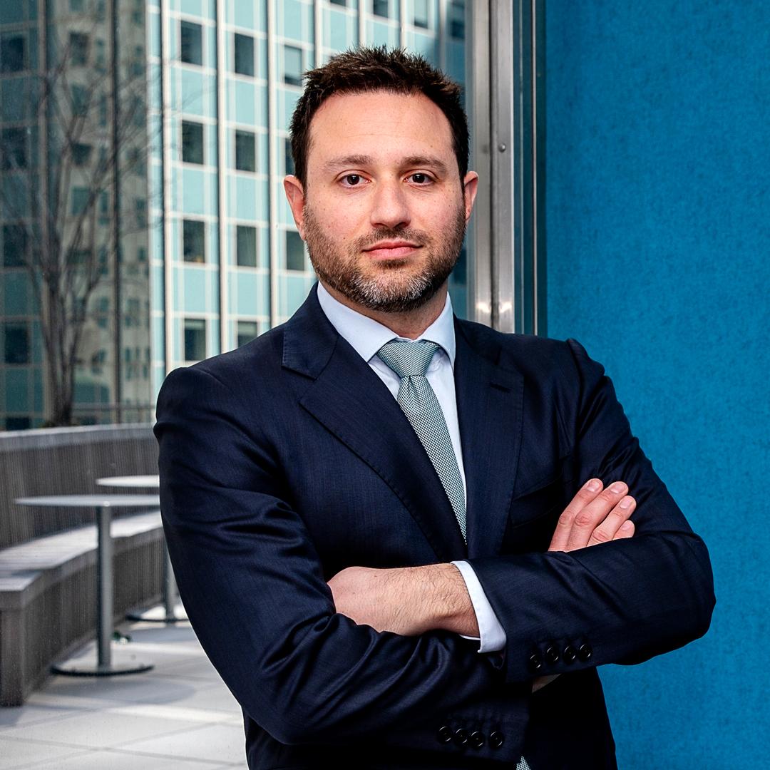Scott Landau Puts Patients at Ease at Mount Sinai Health System